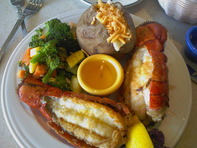 Anthony 39 s fish grotto for seafood dining for Best fish and chips in san diego
